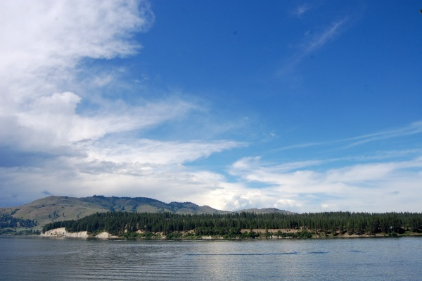Looking northwest ...